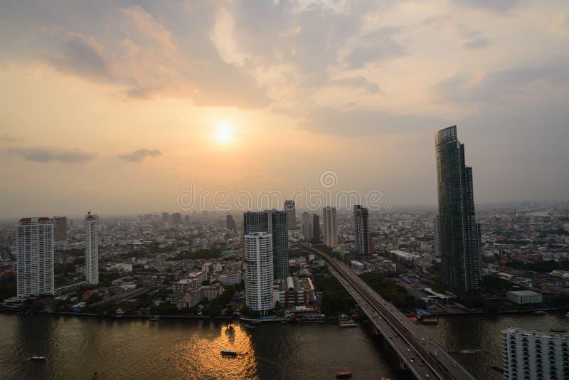 Νύχτα άποψης της Μπανγκόκ στοκ φωτογραφία με δικαίωμα ελεύθερης χρήσης