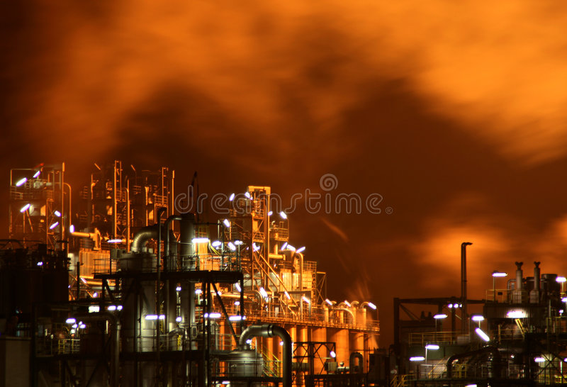 νύχτα βιομηχανίας στοκ εικόνες