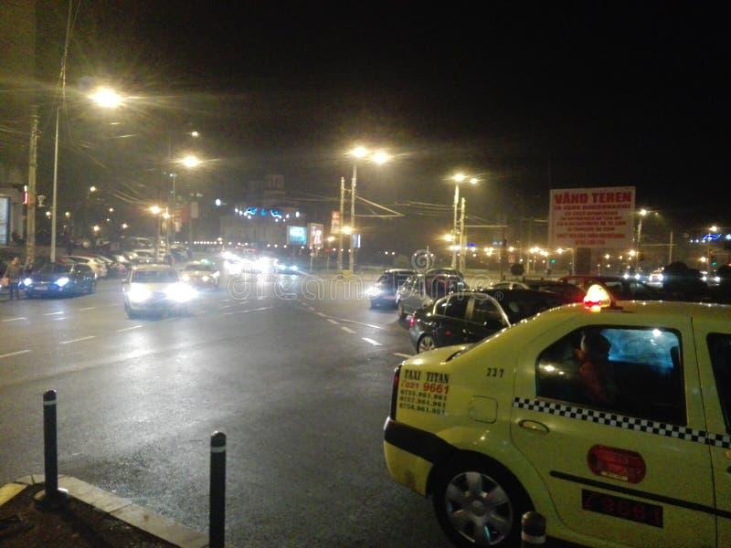 Νύχτα Βουκουρέστι στοκ εικόνες
