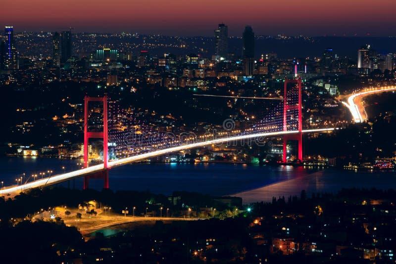 νύχτα γεφυρών bosphorus στοκ εικόνες με δικαίωμα ελεύθερης χρήσης