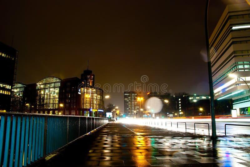 νύχτα εικονικής παράστασης πόλης στοκ εικόνες