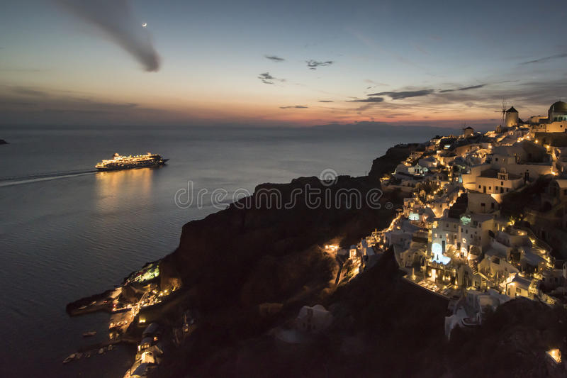Νύχτα σε Santorini στοκ εικόνες με δικαίωμα ελεύθερης χρήσης