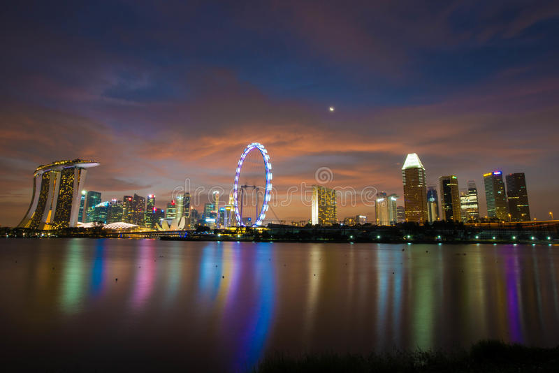 νύχτα Σινγκαπούρη στοκ εικόνες με δικαίωμα ελεύθερης χρήσης