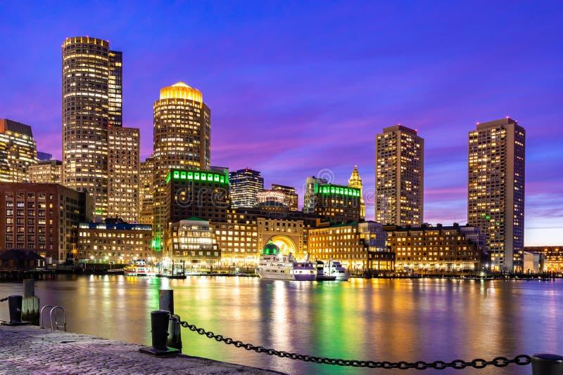Νύχτα της Βοστώνης Downtont στοκ φωτογραφία με δικαίωμα ελεύθερης χρήσης