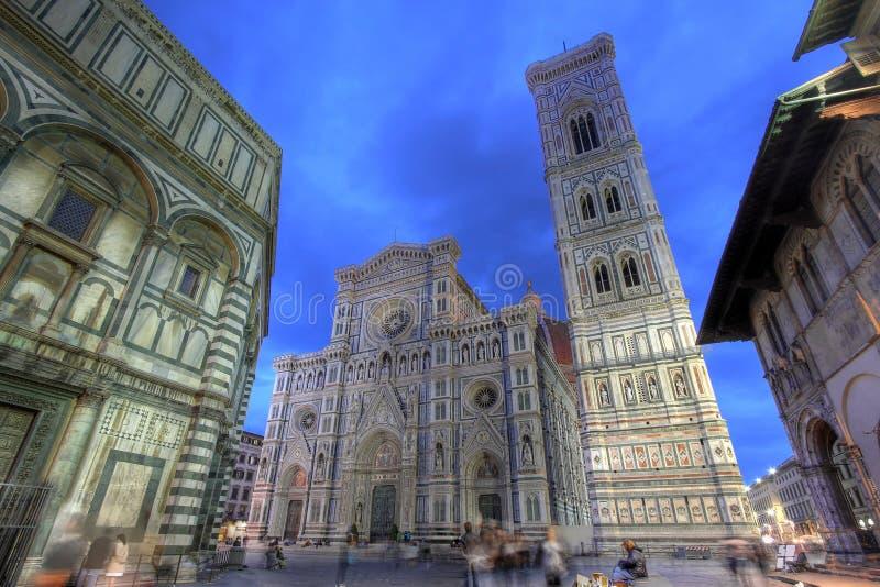 νύχτα της Φλωρεντίας Ιταλί& στοκ φωτογραφία με δικαίωμα ελεύθερης χρήσης