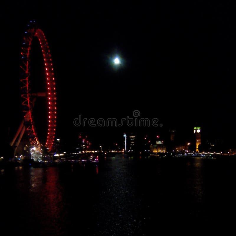 νύχτα του Λονδίνου ματιών στοκ εικόνα