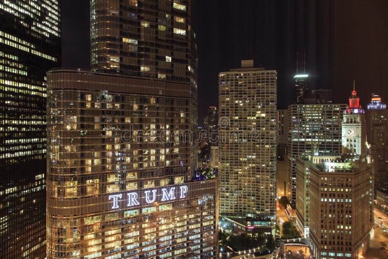 Νύχτα του Σικάγου στοκ φωτογραφία με δικαίωμα ελεύθερης χρήσης