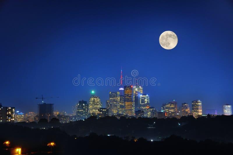 Νύχτα του Τορόντου στοκ φωτογραφία με δικαίωμα ελεύθερης χρήσης