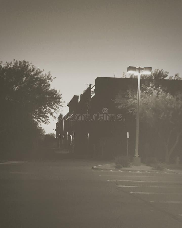 Νύχτα χώρων στάθμευσης στοκ φωτογραφία με δικαίωμα ελεύθερης χρήσης