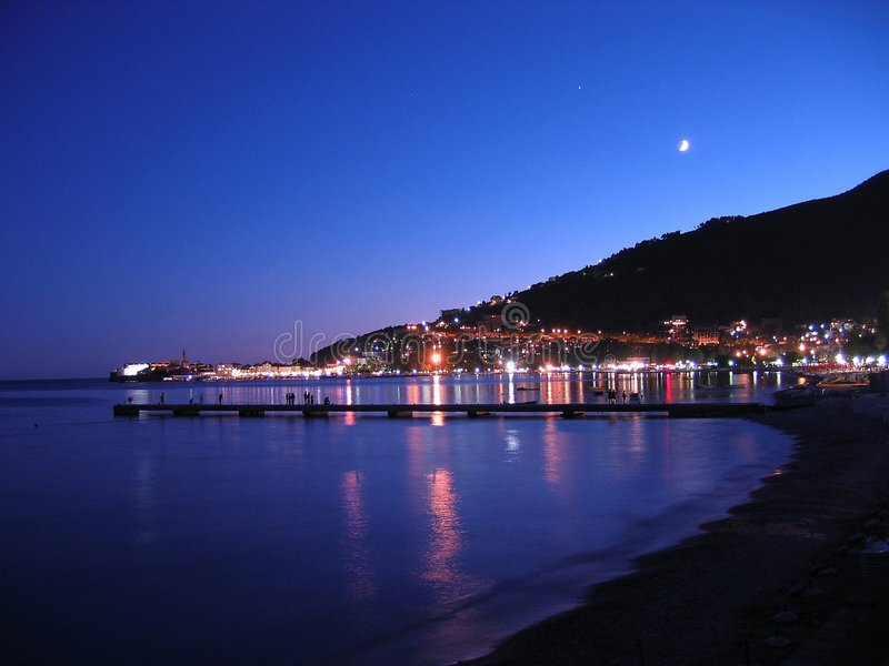 νύχτα budva στοκ εικόνα με δικαίωμα ελεύθερης χρήσης