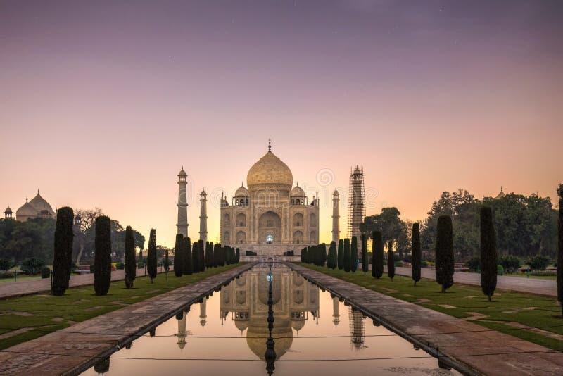 Νύχτα Mahal Taj στοκ φωτογραφία