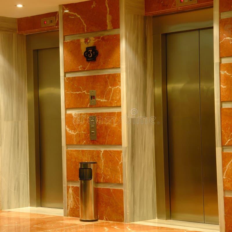 ξενοδοχείο ανελκυστήρ& στοκ εικόνες