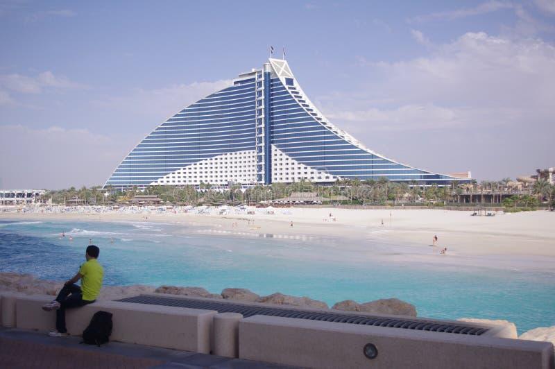 Ξενοδοχείο στο Ντουμπάι με την άποψη Beachfront στοκ φωτογραφίες