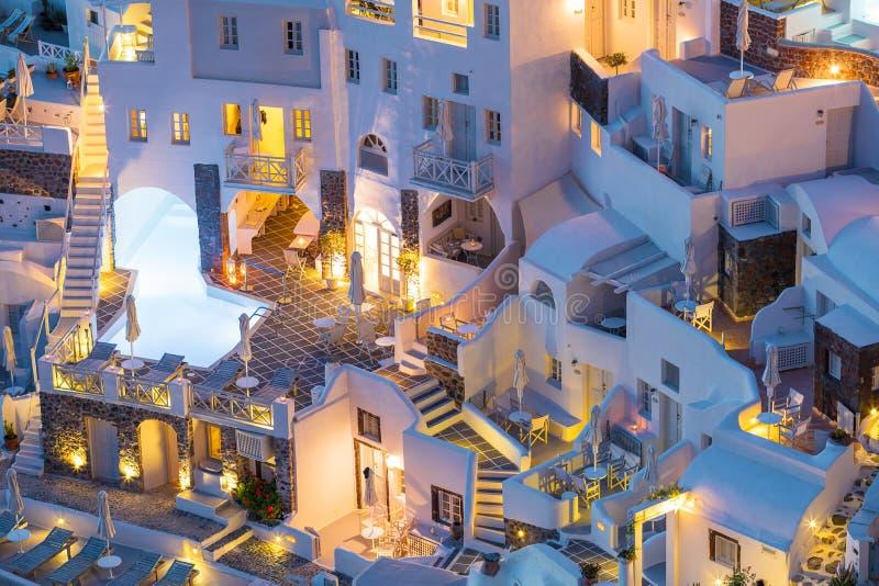 Ξενοδοχεία πολυτελείας, βίλες και διαμερίσματα σε Santorini, Ελλάδα στοκ φωτογραφία