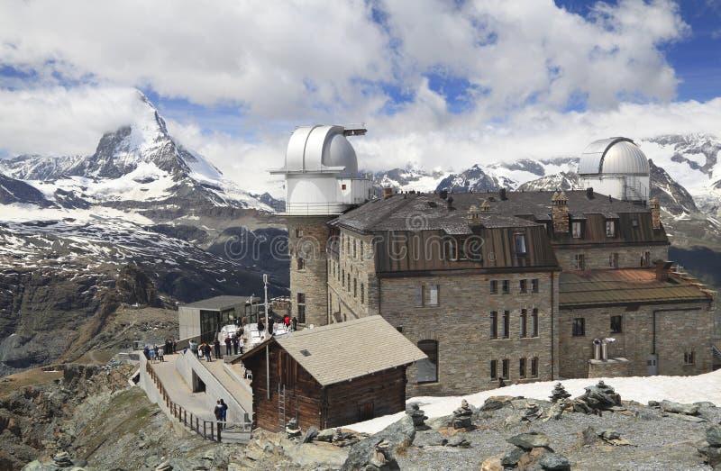 Ξενοδοχείο Gornergrat και αιχμή Matterhorn, Άλπεις, Ελβετία στοκ εικόνες με δικαίωμα ελεύθερης χρήσης