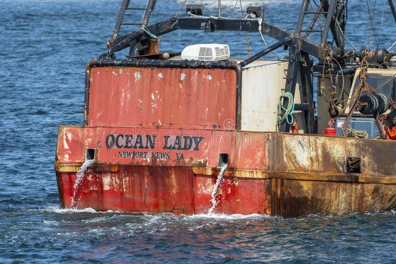 Ξεπερασμένη πρύμνη της εμπορικής ωκεάνιας κυρίας αλιευτικών σκαφών στοκ εικόνες