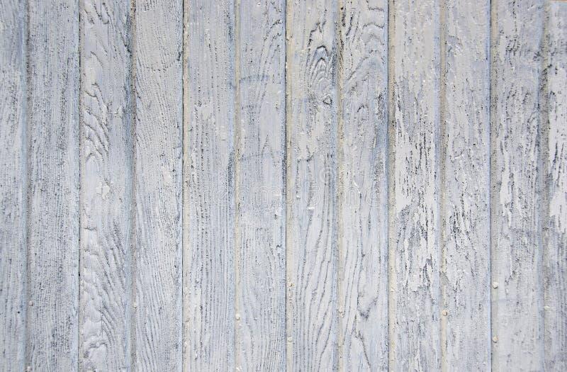 Ξεπερασμένο άσπρο ξύλο σιταποθηκών στοκ φωτογραφία με δικαίωμα ελεύθερης χρήσης