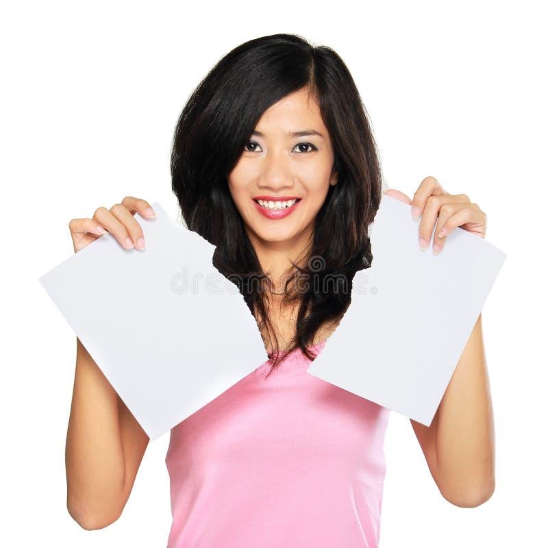 Ξεσκισμένο γυναίκα έγγραφο στοκ φωτογραφία με δικαίωμα ελεύθερης χρήσης