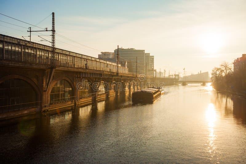 Ξεφάντωμα ποταμών, Βερολίνο στοκ εικόνα με δικαίωμα ελεύθερης χρήσης
