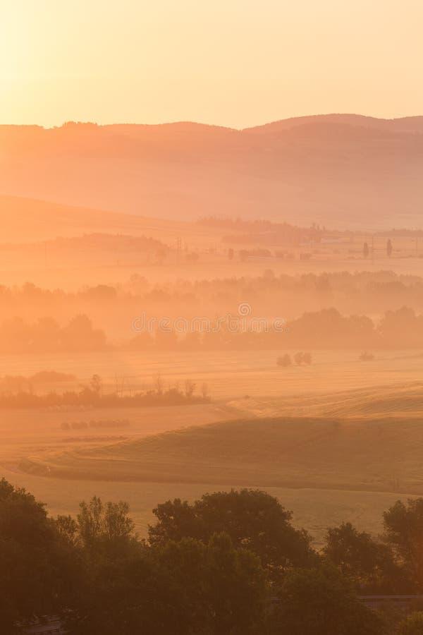 Ξημερώματα στην επαρχία, dÂ'Orcia SAN Quirico, Τοσκάνη, Ita στοκ φωτογραφία