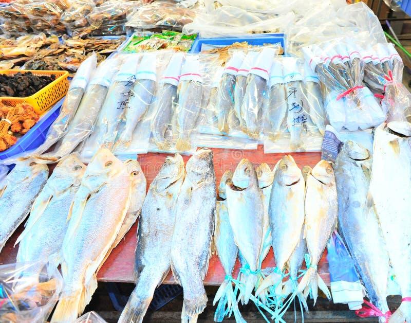 ξηρά αγορά ψαριών στοκ εικόνες με δικαίωμα ελεύθερης χρήσης