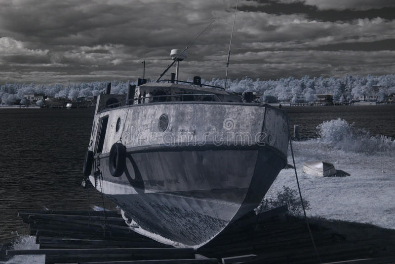 ξηρά αλιεία αποβαθρών βαρ&kappa στοκ φωτογραφία με δικαίωμα ελεύθερης χρήσης
