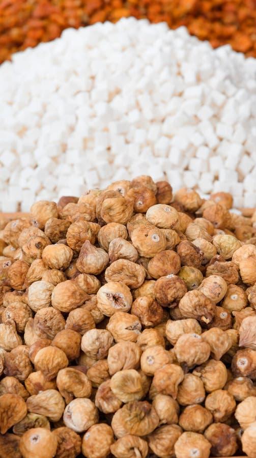 Ξηρά οικολογικά φρούτα για την πώληση σε μια αγορά στοκ εικόνες με δικαίωμα ελεύθερης χρήσης