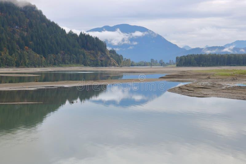 Ξηροί όροι ποταμών και ξηρασίας στοκ φωτογραφία με δικαίωμα ελεύθερης χρήσης