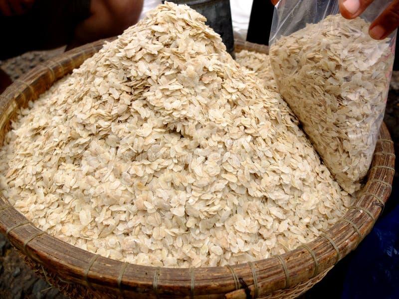 Ξηρό επίπεδο άσπρο ρύζι, αποκαλούμενο COM - μια παραδοσιακή βιετναμέζικη κουζίνα στοκ εικόνα
