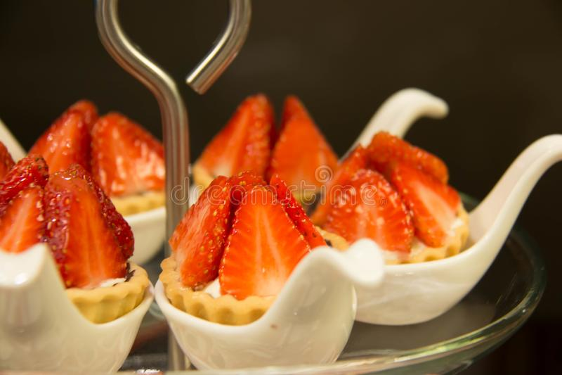 Ξινός φρέσκος φραουλών από το αρτοποιείο στοκ εικόνα με δικαίωμα ελεύθερης χρήσης