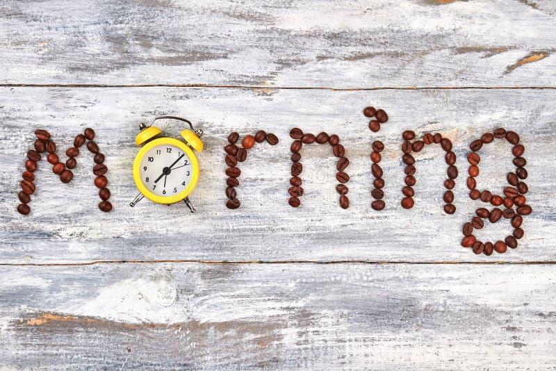 Ξυπνητήρι το πρωί λέξης στοκ φωτογραφία με δικαίωμα ελεύθερης χρήσης