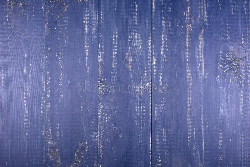 Ξύλινη ανασκόπηση σύστασης Η επιφάνεια της παλαιάς ξύλινης σύστασης Οι πίνακες είναι χρωματισμένοι σε σκούρο μπλε στοκ εικόνες με δικαίωμα ελεύθερης χρήσης
