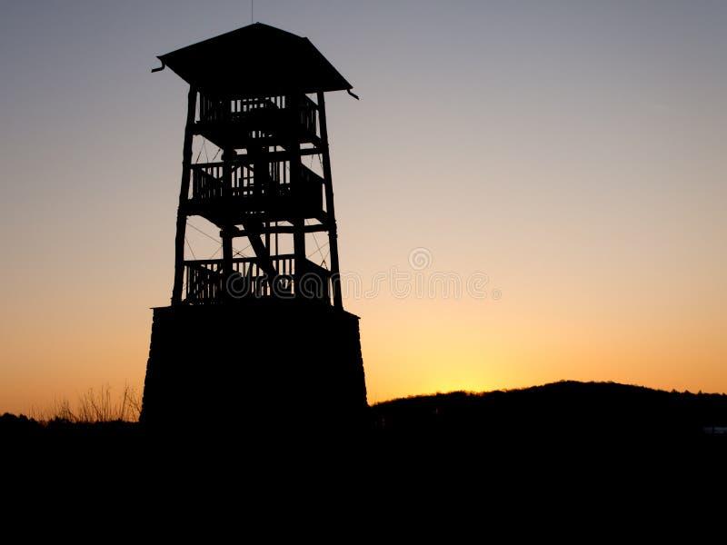 Ξύλινη σκιαγραφία παρατηρητηρίων στοκ εικόνα με δικαίωμα ελεύθερης χρήσης