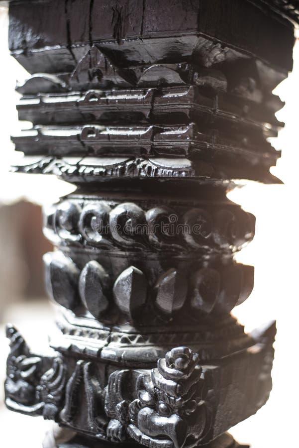Ξύλινος οι όμορφοι στυλοβάτες ενός ναού στοκ φωτογραφία με δικαίωμα ελεύθερης χρήσης