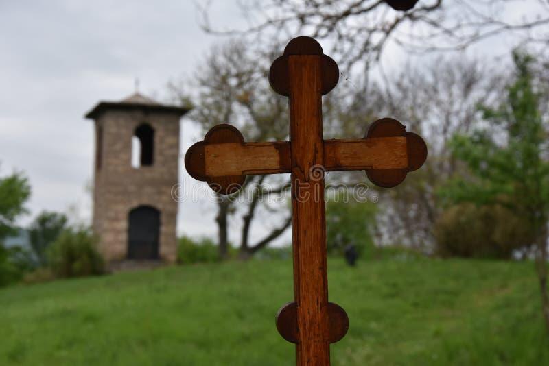 Ξύλινος ορθόδοξος σταυρός με την εστίαση στοκ φωτογραφία με δικαίωμα ελεύθερης χρήσης