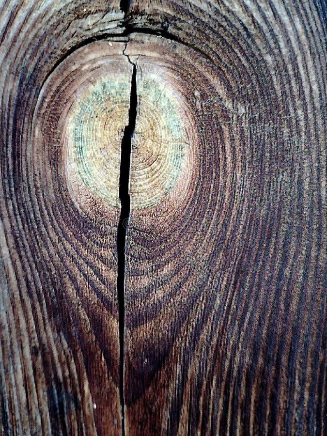Ξύλινος πίνακας με τη ρωγμή καφετιά στοκ εικόνες