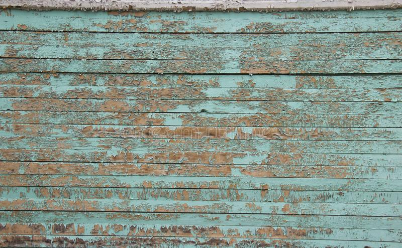 Ξύλινος τοίχος με το χρώμα αποφλοίωσης στοκ φωτογραφία με δικαίωμα ελεύθερης χρήσης
