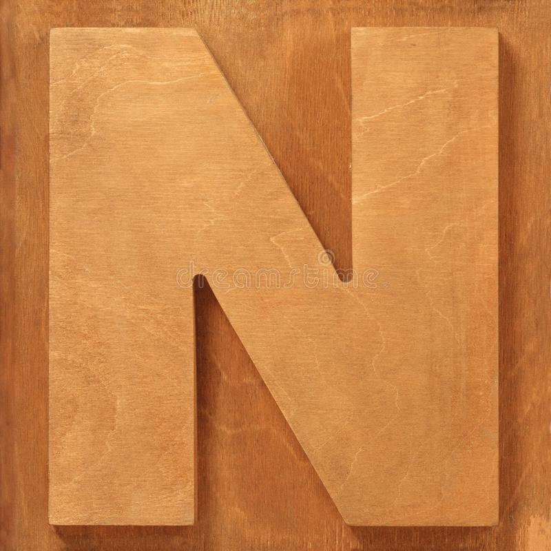 Ξύλινο γράμμα Ν στοκ εικόνες με δικαίωμα ελεύθερης χρήσης