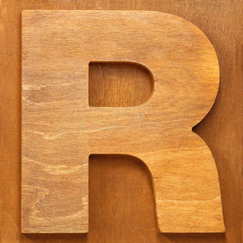 Ξύλινο γράμμα Ρ στοκ φωτογραφία