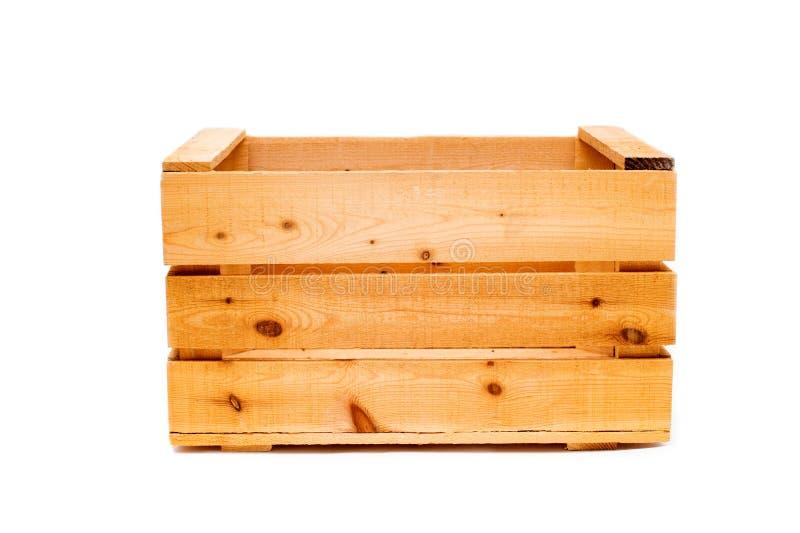 Ξύλινο μεγάλο κιβώτιο απομονωμένο στο λευκό υπόβαθρο στοκ εικόνες