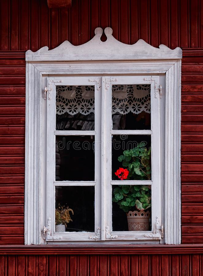 Ξύλινο παράθυρο Λιθουανία στοκ φωτογραφία