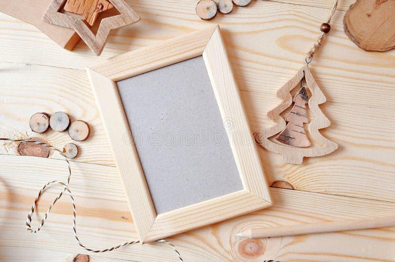 Ξύλινο πρότυπο Χριστουγέννων πλαισίων, φωτογραφία αποθεμάτων Παρουσιάσεις εργασιών σχεδίου, για τα bloggers και τα κοινωνικά μέσα στοκ φωτογραφία με δικαίωμα ελεύθερης χρήσης