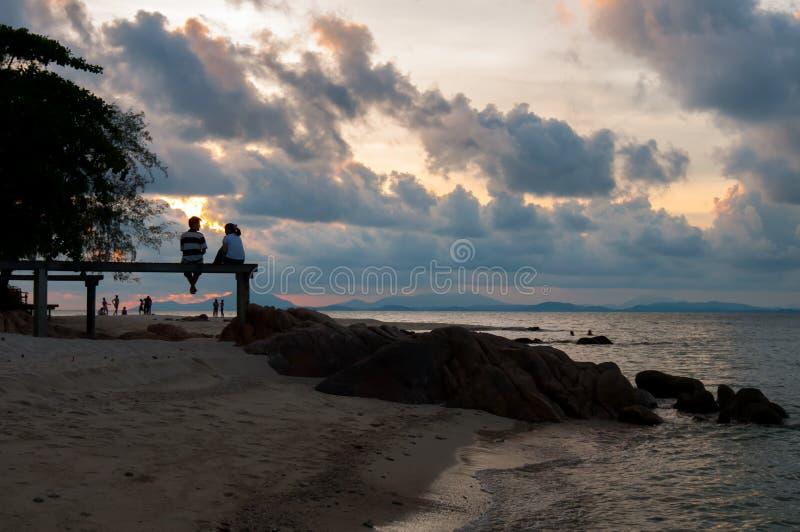 Ξύλινη γέφυρα στη θάλασσα στοκ εικόνα με δικαίωμα ελεύθερης χρήσης