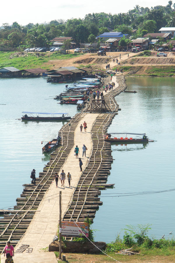 Ξύλινη γέφυρα Mon γεφυρών στοκ φωτογραφία