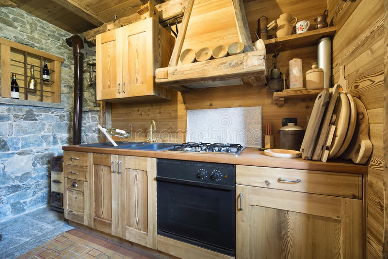 Ξύλινη κουζίνα στοκ εικόνα