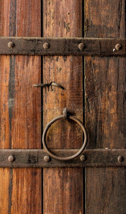 Ξύλινη κλειδαριά πορτών στοκ εικόνες με δικαίωμα ελεύθερης χρήσης