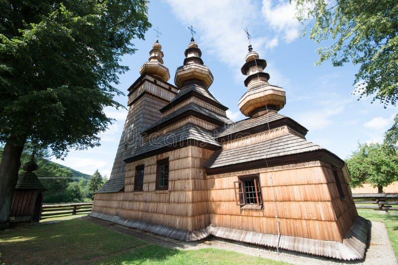 Download Ξύλινη Ορθόδοξη Εκκλησία σε Kwiaton, Πολωνία Στοκ Εικόνες - εικόνα από παλαιός, αντικείμενο: 62704226