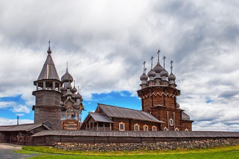 Ξύλινη Ορθόδοξη Εκκλησία της μεταμόρφωσης στο νησί Kizhi στοκ εικόνα με δικαίωμα ελεύθερης χρήσης