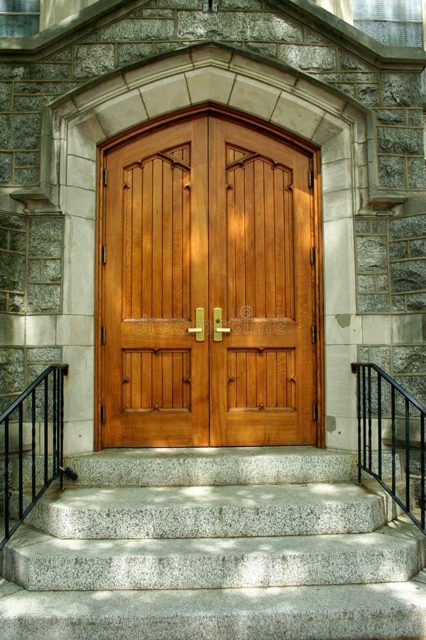 Ξύλινη πόρτα στοκ φωτογραφίες με δικαίωμα ελεύθερης χρήσης