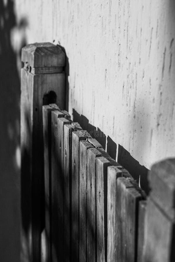 Ξύλινη πόρτα στοκ φωτογραφία